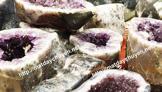đá phong thủy mệnh thổ